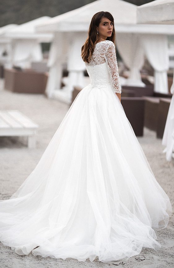 Svadobné šaty s čipkovými rukávmi biele - Wedding Gallery požičovňa svadobných šiat