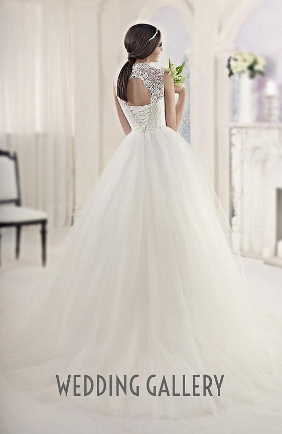 Čipkované svadobné šaty - výpredaj - Wedding Gallery - svadobný salón Bratislava