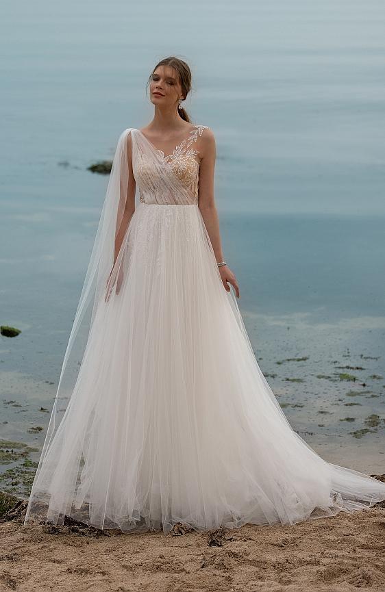 Svadobné šaty v bohémskom štýle Wedding Gallery svadobný salón Bratislava požičovňa a predaj svadobných šiat