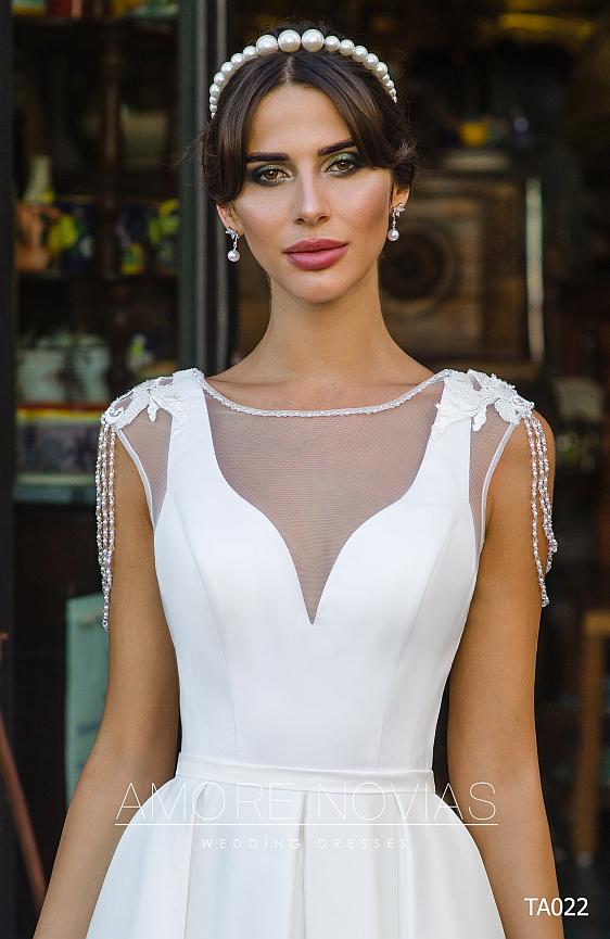 Saténové svadobné šaty jednoduché